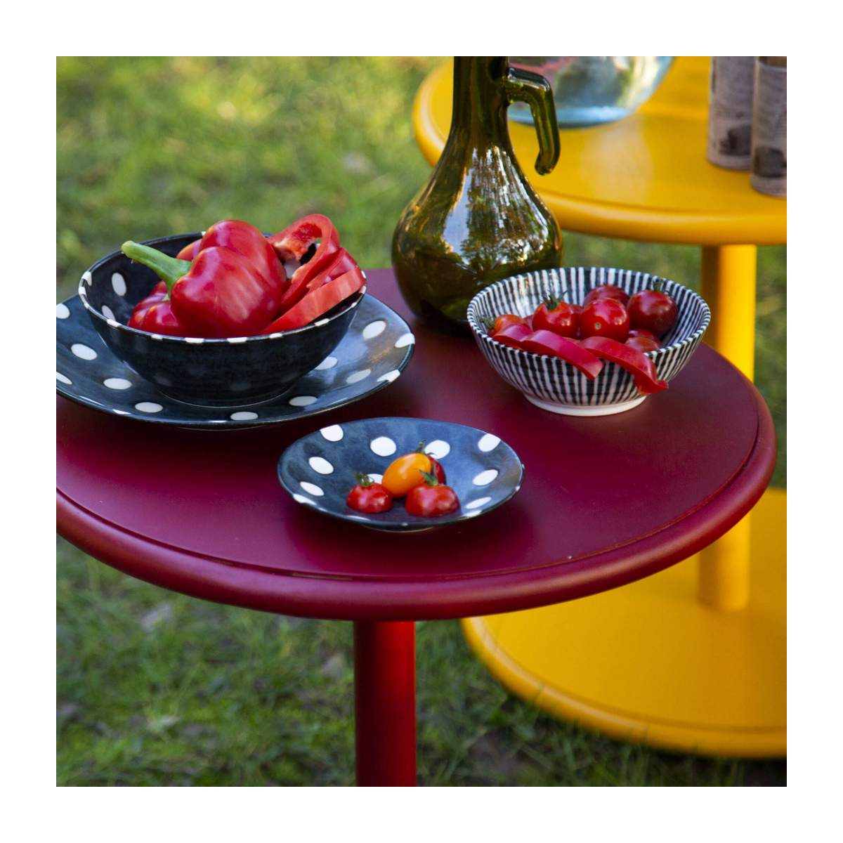 Table d'appoint ronde en aluminium - Rouge n°2