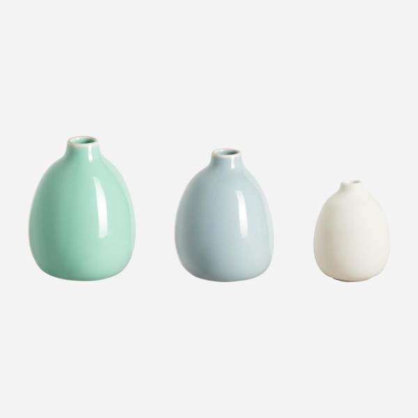Set de 3 vases made of ceramic, blue and white