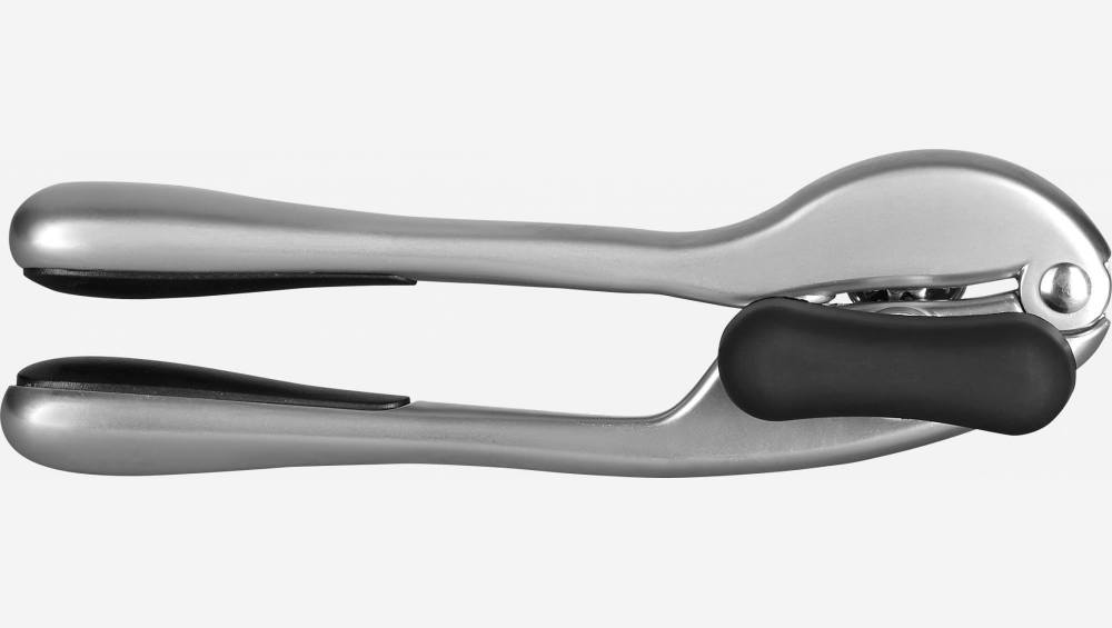 Can opener in stainless steel