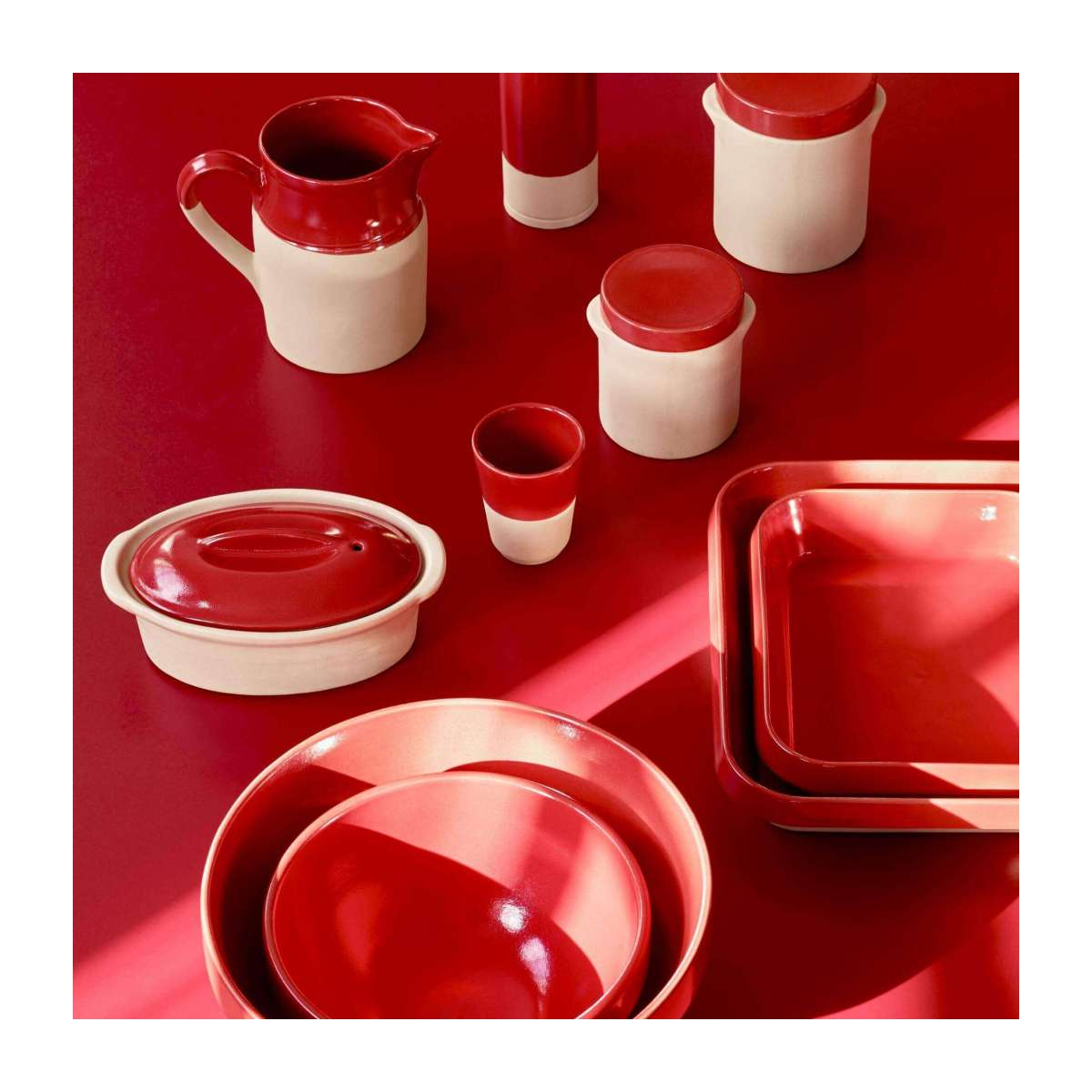 Terrine plate made in sandstone, natural and red n°12