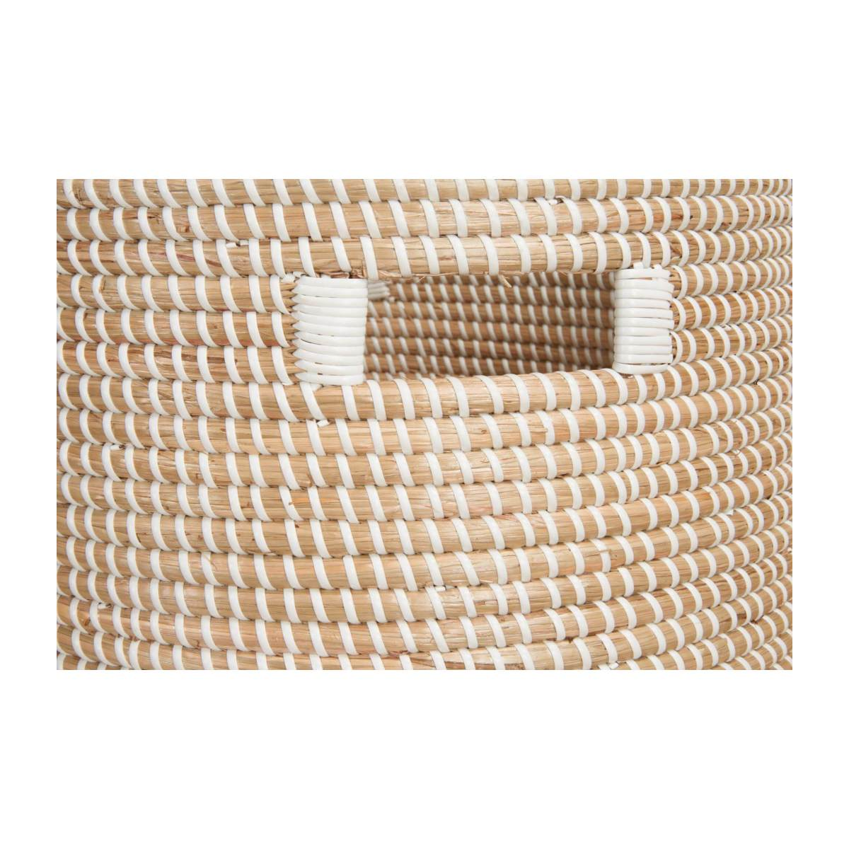 Basket 30cm with storage spaces made of seagrass n°4