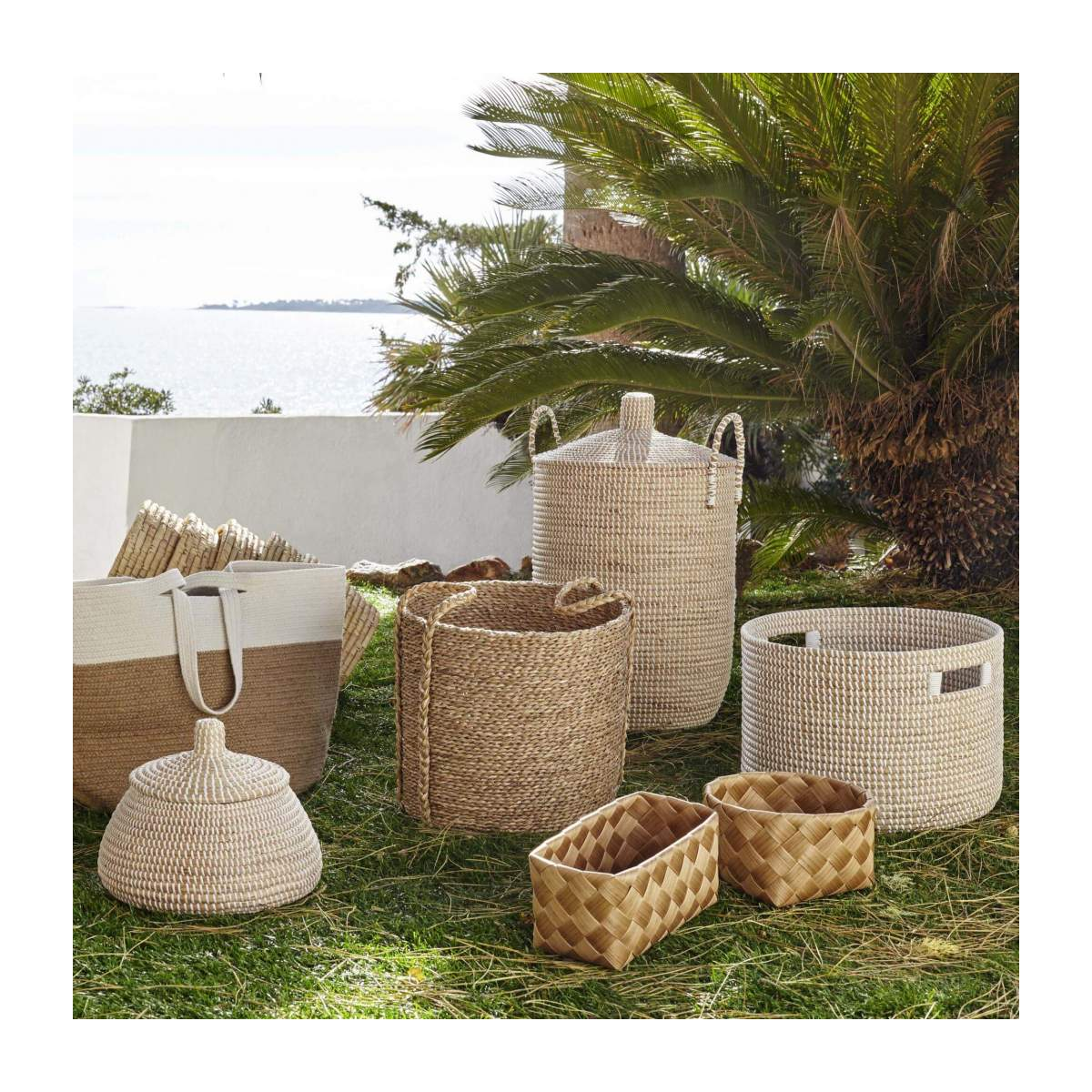 Basket 70cm with cover made of seagrass n°5