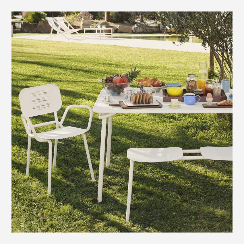 Garden chair with armrests
