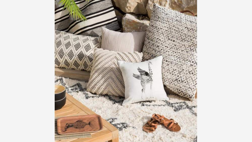 Squirrel Patterned Printed Cotton Cushion 40x40cm