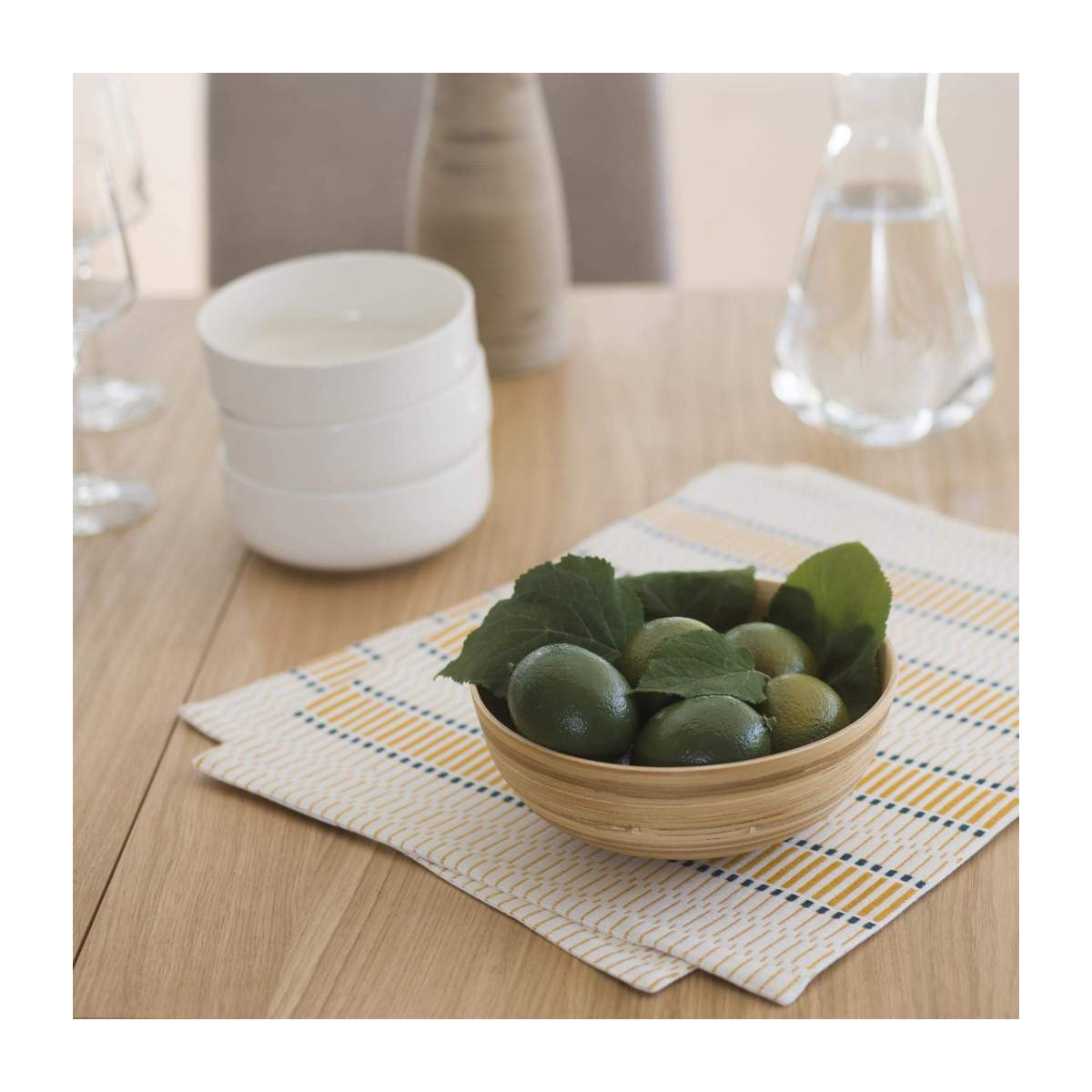 Set of 2 Mustard Patterned Placemats n°2