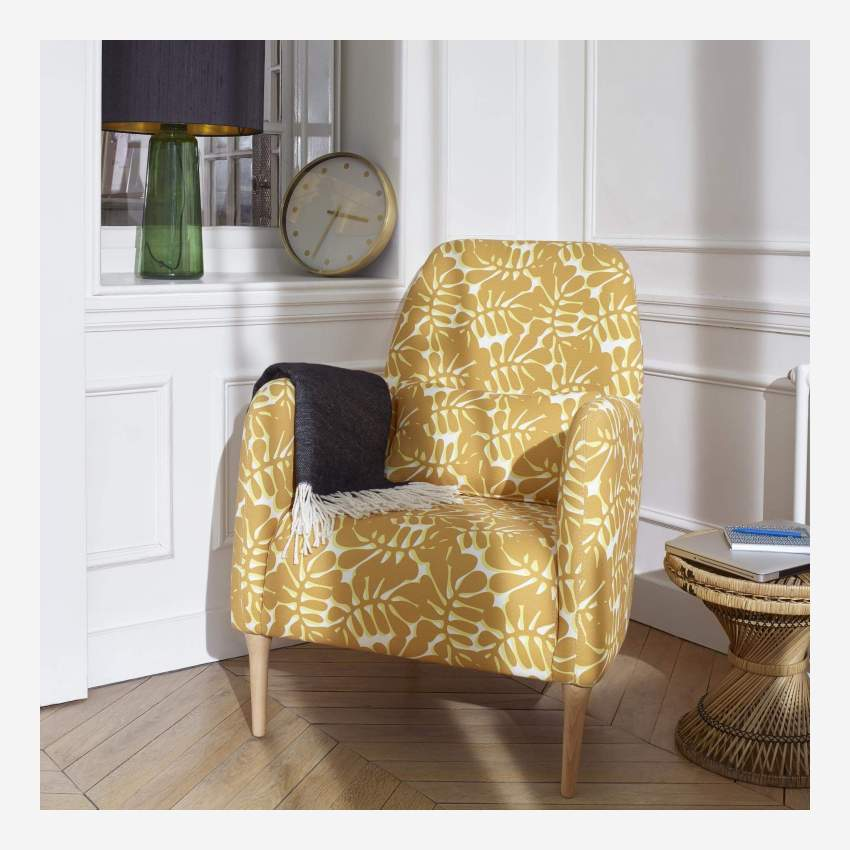Armchair with yellow patterns
