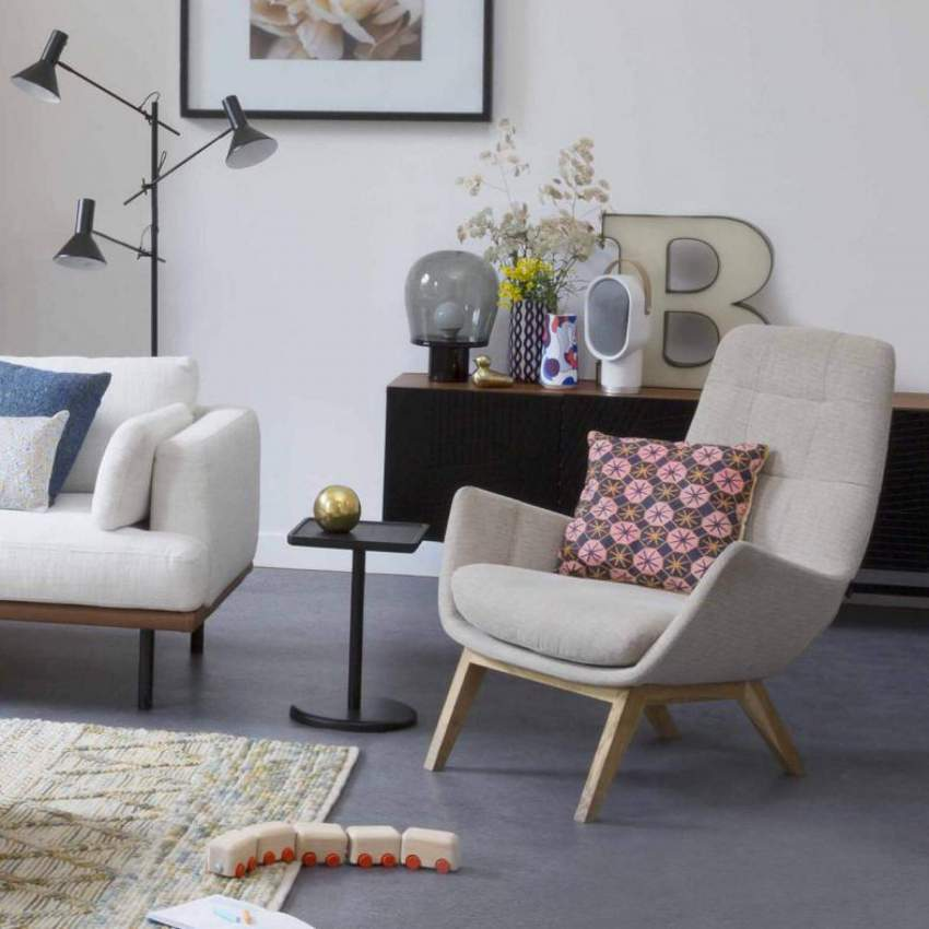 Armchair in Lecce fabric, blue reef with dark oak legs