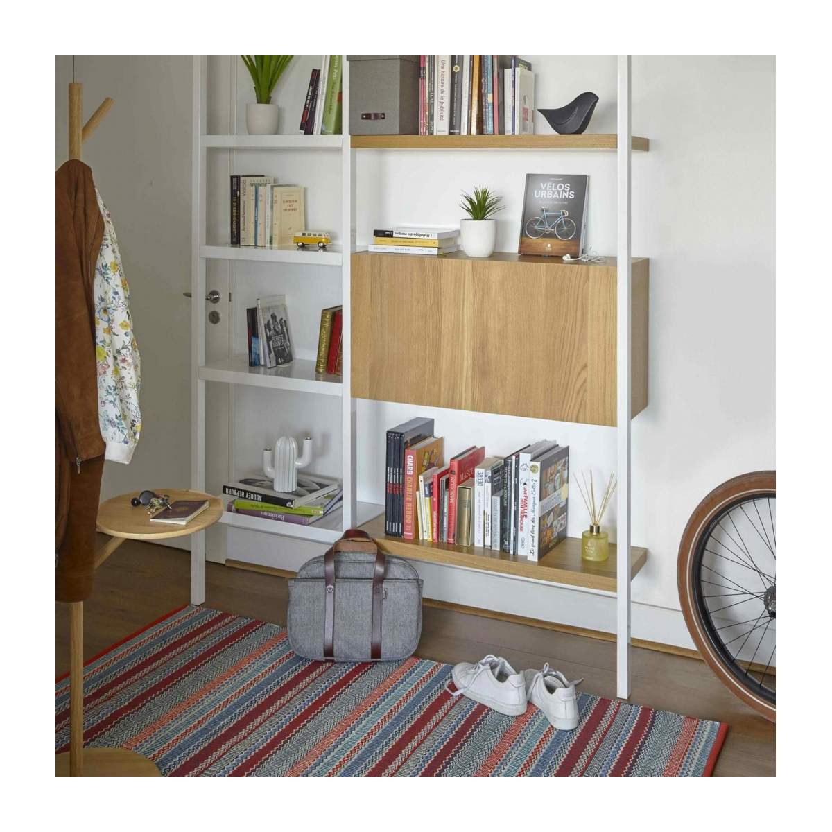 Lacquered white oak desk to hang n°11