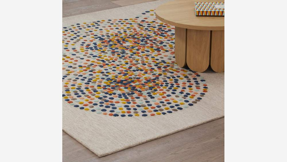 Hand tufted rug 170x240cm with motifs