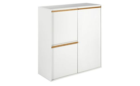 Cupboard with 3 white doors