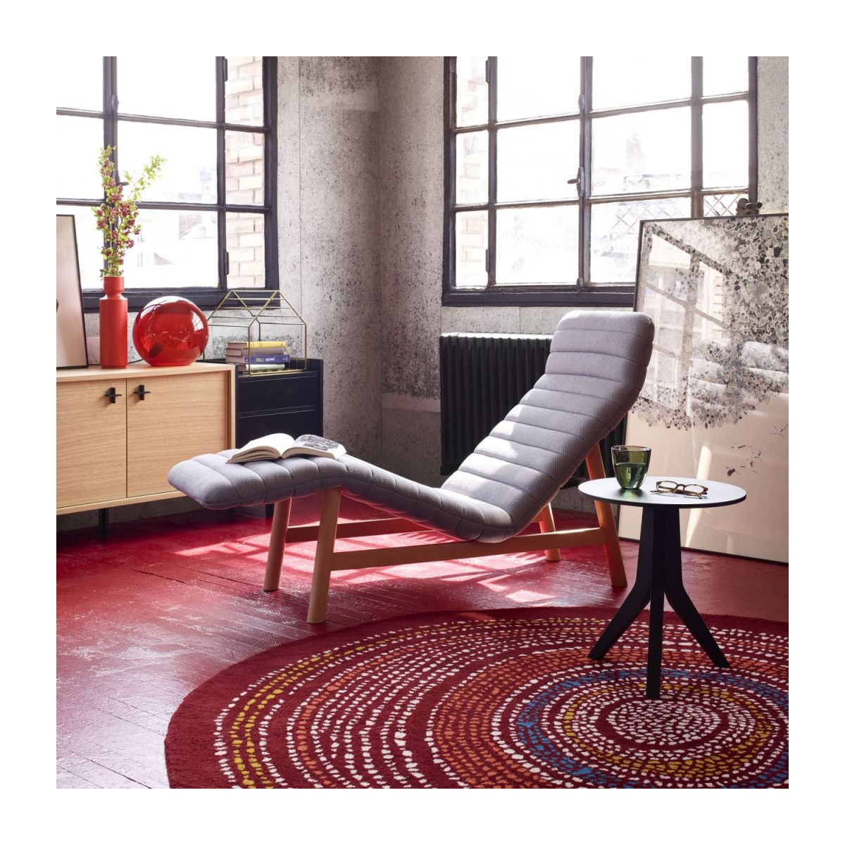 Tufted carpet 200cm, red with patterns n°2