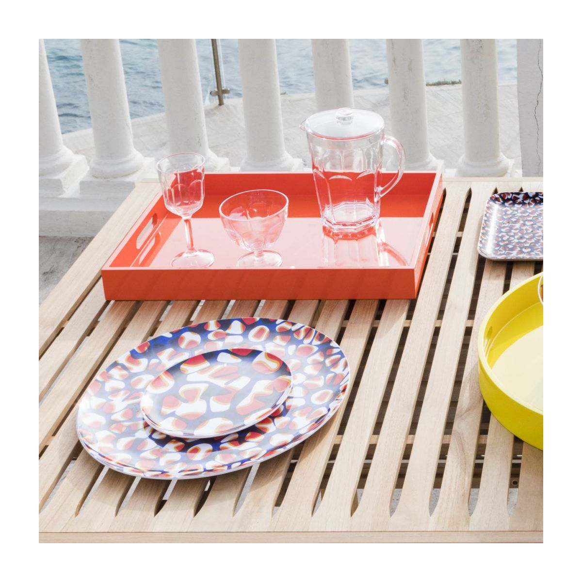 Tray made of melamine 38cm, with patterns n°4