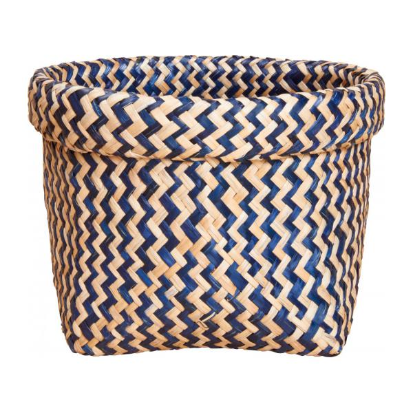 Square basket made of seagrass, with patterns n°2