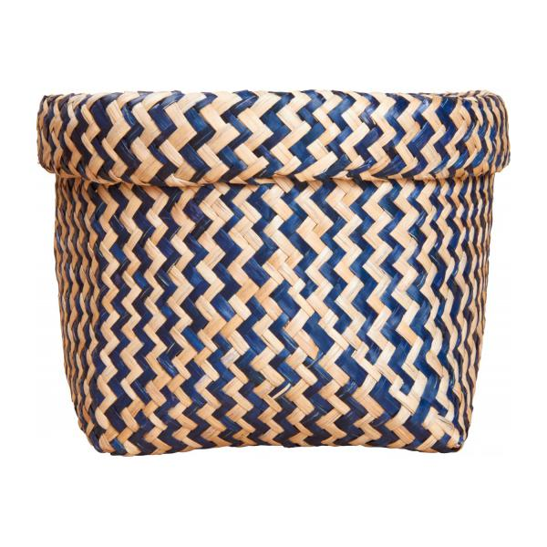 Square basket made of seagrass, with patterns n°3