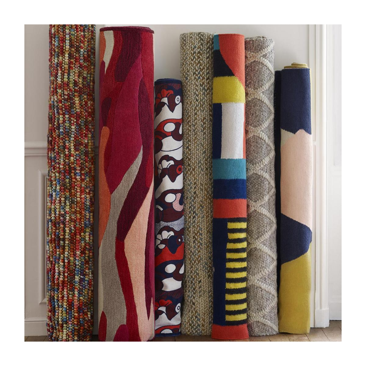 Tufted carpet main made of wool 240x170cm, with patterns n°7
