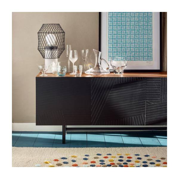 eskyss niedriges sideboard aus nussbaumholz habitat. Black Bedroom Furniture Sets. Home Design Ideas