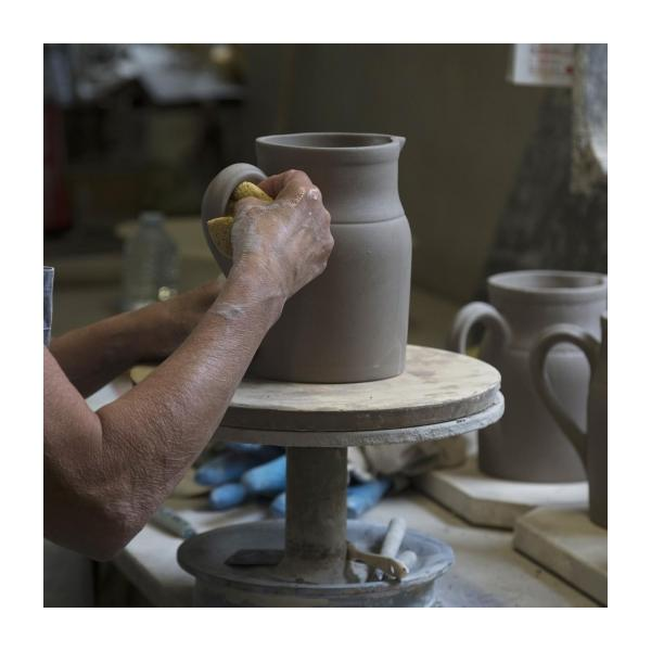 Preparation bowl made in sandstone, natural and red n°10