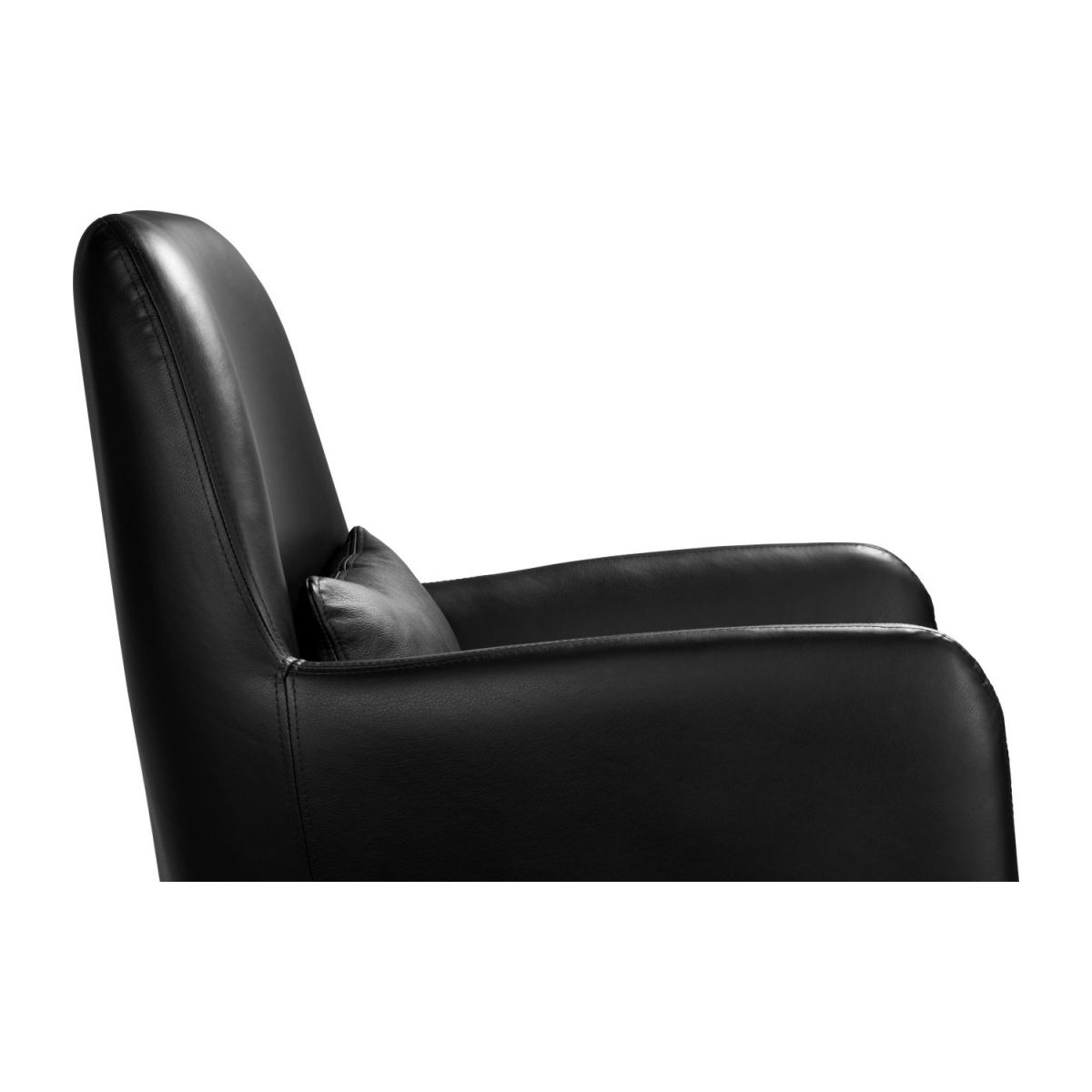 Leather armchair n°7