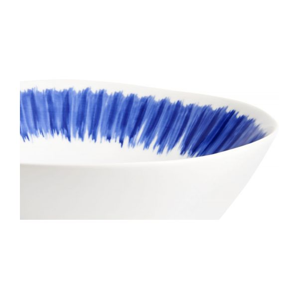 Bowl made of porcelain, white and blue n°4