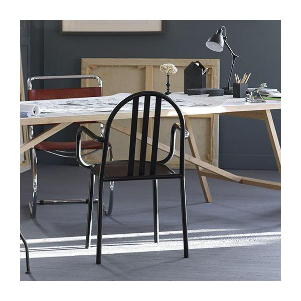 Black metal chair with armrest n°2