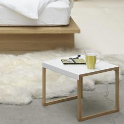 Table d'appoint blanche